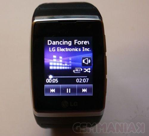 lg-gd910-watch-phone-10
