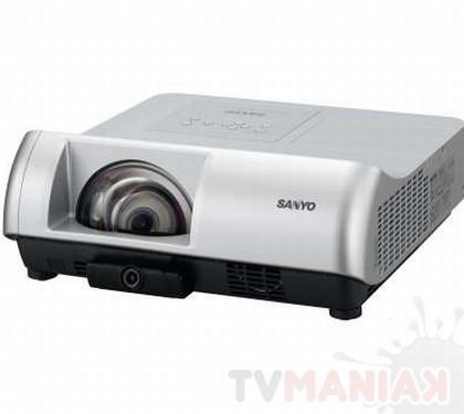 sanyo-plc-wl2500a-1