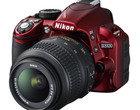 Nikon D3100 w czerwieni