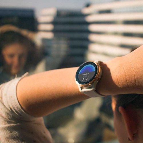 fot. zegarek Garmin Vivoactive4S / mat. partnera