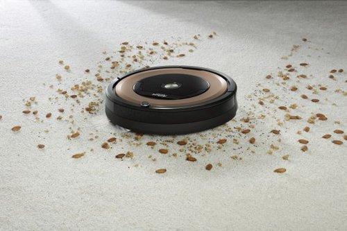 iRobot Roomba 895 / fot. informacje prasowe