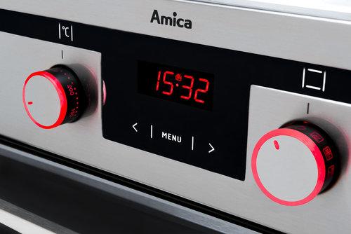 Programator tradycyjny z podświetlanymi pokrętłami / fot. Amica
