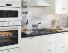 Jak sprytnie ustawić kuchenkę mikrofalową w kuchni?