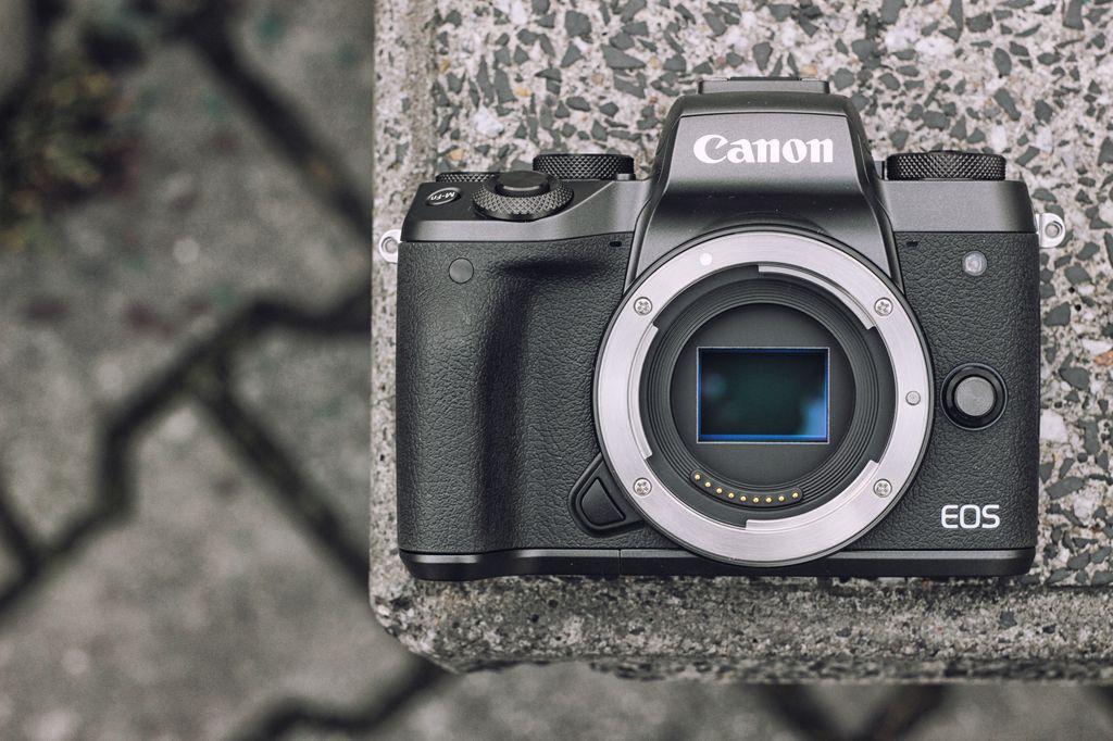 Canon EOS M5 / fot. fotoManiaK.pl