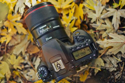Canon OOS 90D/fot. fotoManiaK.pl