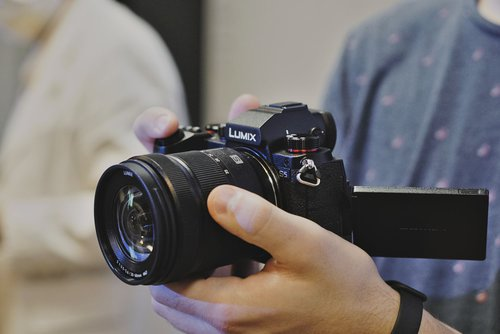Panasonic Lumix S5/fot. fotoManiaK.pl
