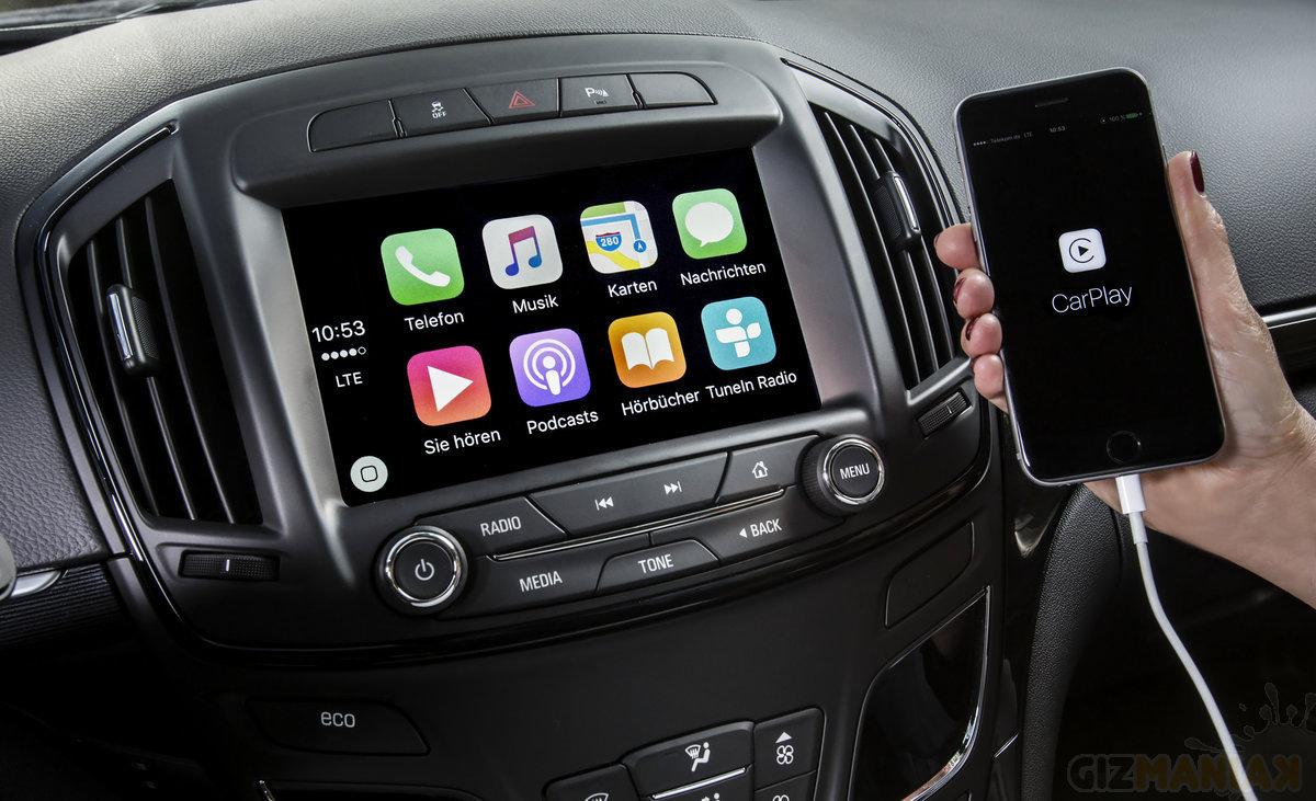 Apple CarPlay /Fot. opelblog, Flickr.com, CC