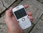 2.4-calowy ekran 3.2-megapikselowy aparat klawiatura qwerty Nokia OS tani telefon wytrzymała obudowa