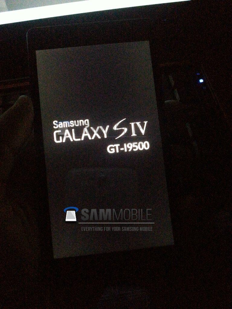 Samsung Galaxy S IV ; fot: zrzut ekranu ze strony sammobile.com
