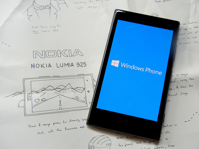 Nokia Lumia 925 / fot. Flickr by Stilgherrian
