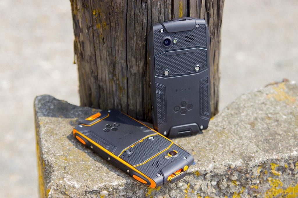 myPhone Hammer Axe / fot. gsmManiaK.pl