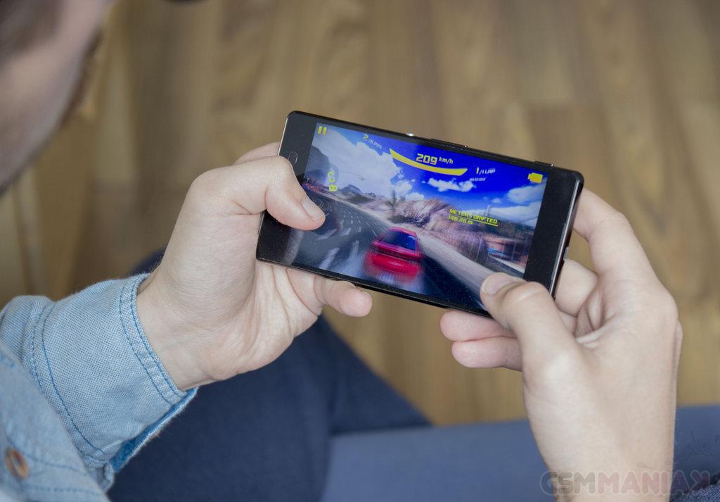 Sony Xperia Z3+ / fot. gsmManiaK.pl