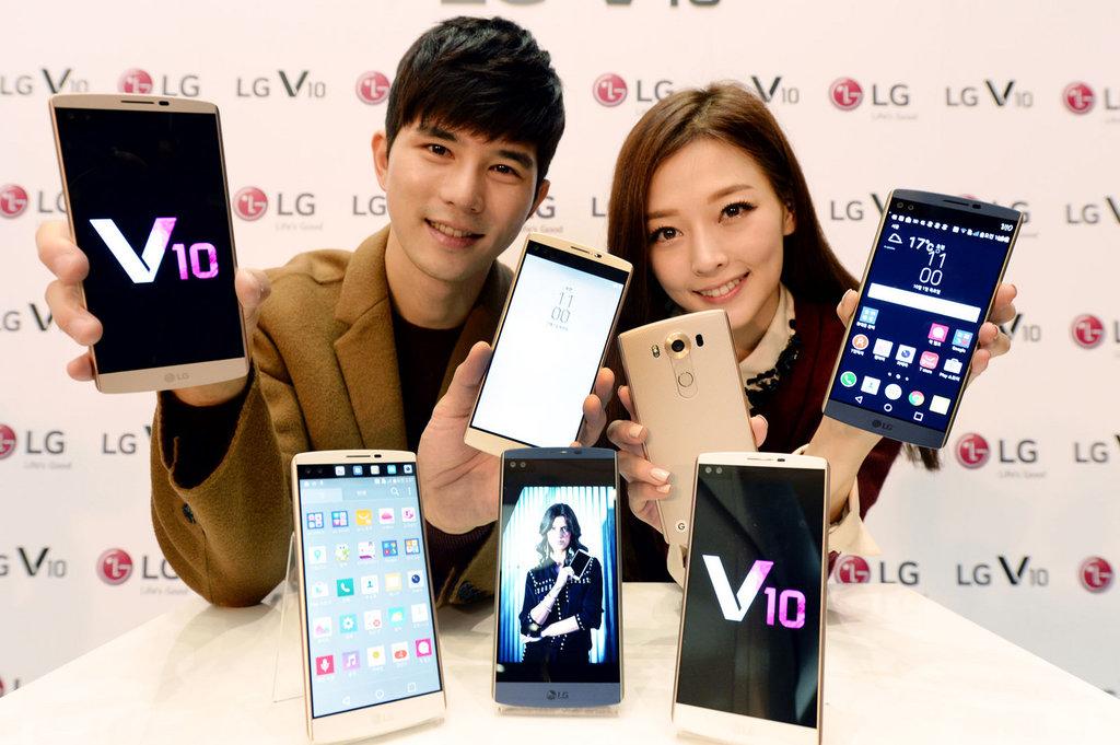 LG V10_8
