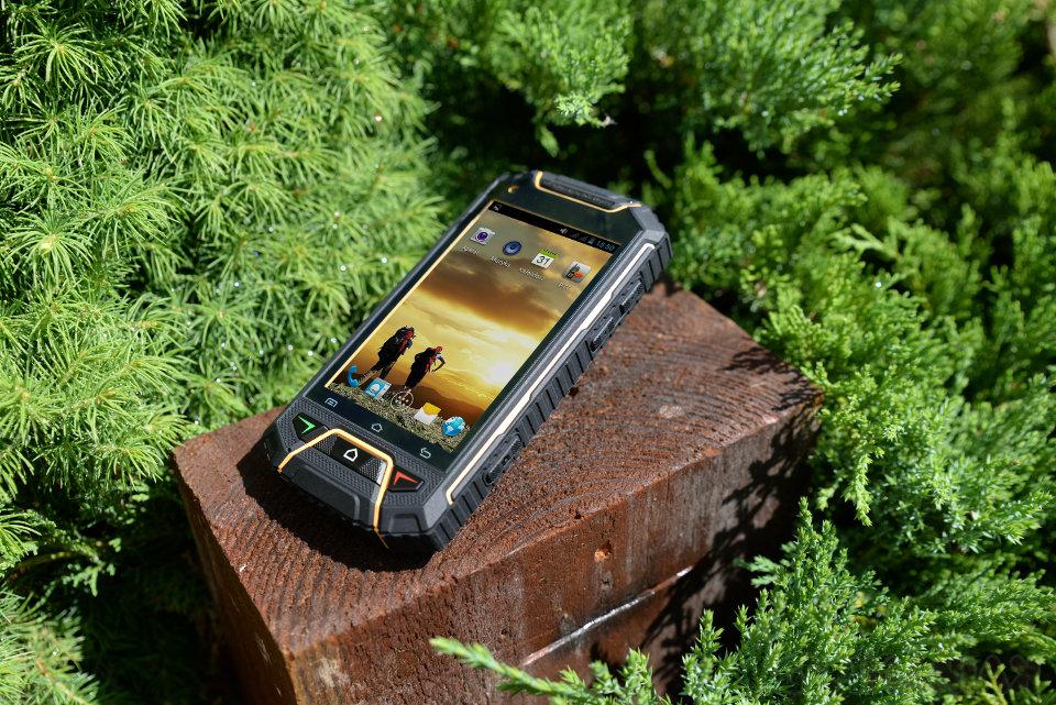 Telefunken Outdoor WT4 / fot., Telefunken