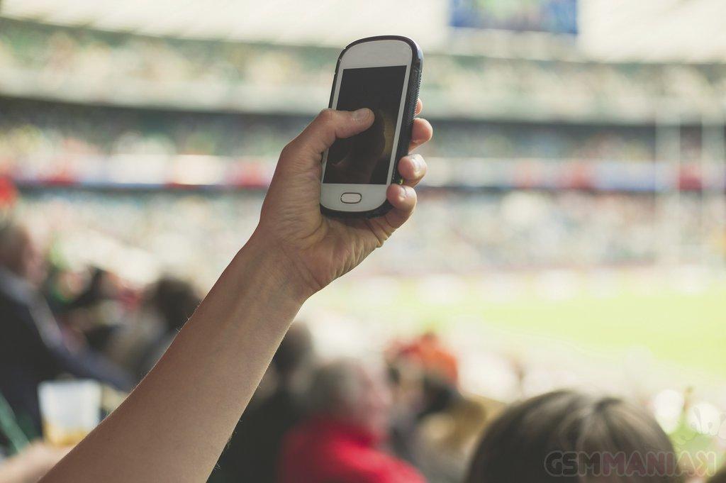 Smartfonowa rewolucja na stadionach piłkarskich
