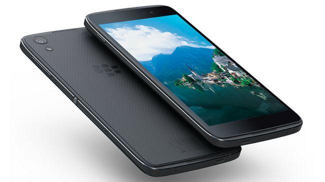 BlackBerryDTEK50-Press-02-650-80