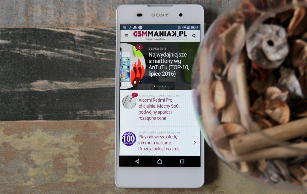 Sony Xperia E5 / fot. gsmManiaK.pl