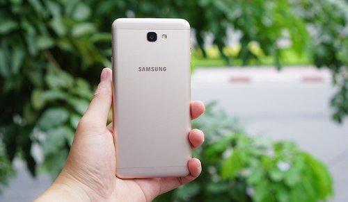 Samsung-Galaxy-J7-Prime1