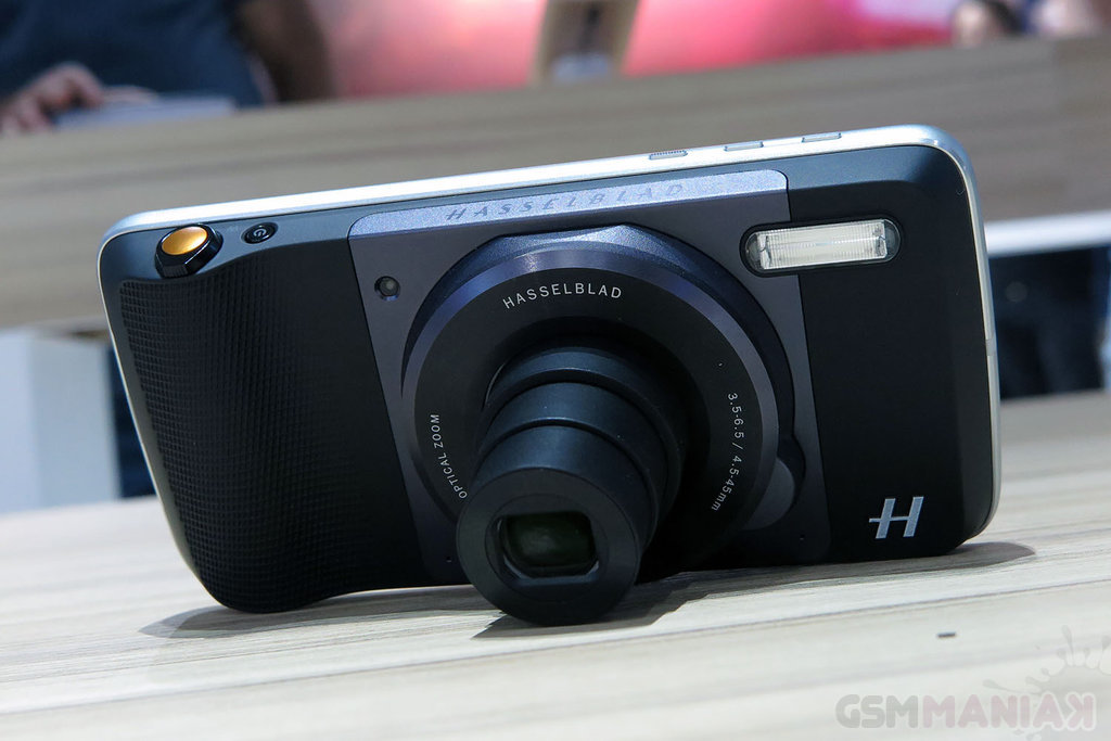 Moto Mods Hasselblad True Zoom / fot. gsmManiaK.pl