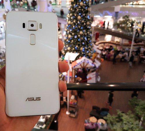 ASUS ZenFone 3 (ZE520KL) / fot. gsmManiaK.pl