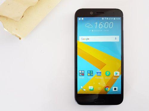 HTC 10 evo / fot. gsmManiaK.pl