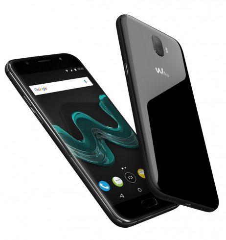 Fotograficzne smartfony wiko wim i wim lite mwc 2017 for Housse wiko wim lite