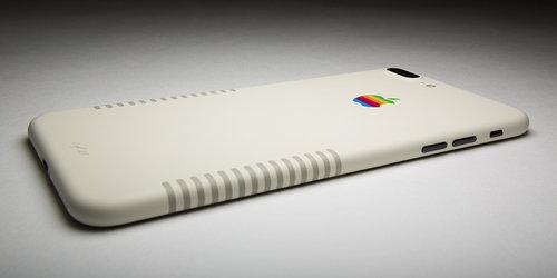 iPhone 7 Plus Retro Edition / fot. ColorWare