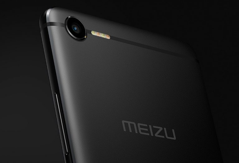 Meizu-E2-LED-flash-768x525