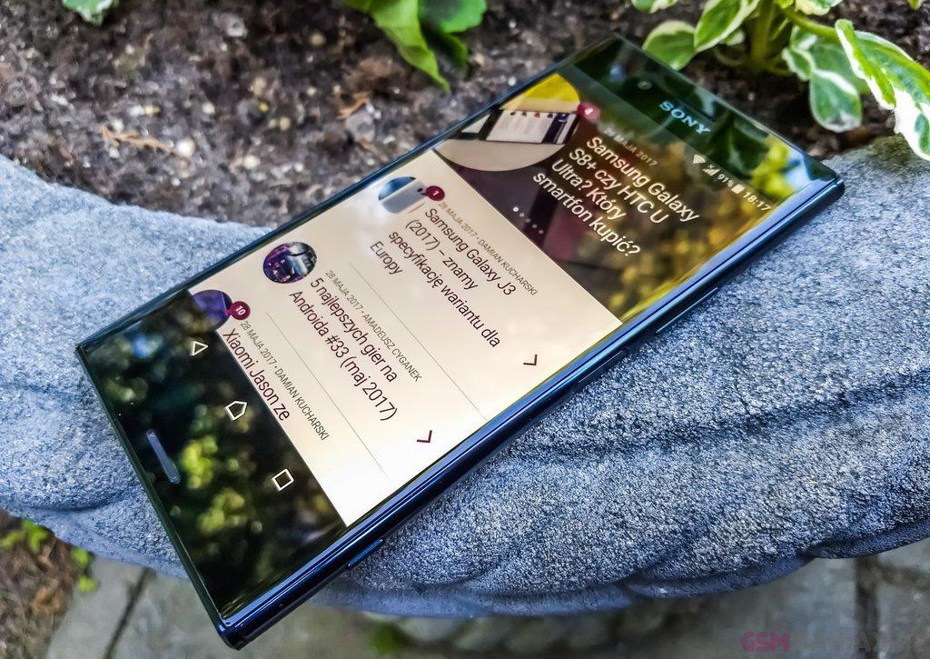 Sony Xperia XZ Premium  fot. gsmManiaK 2
