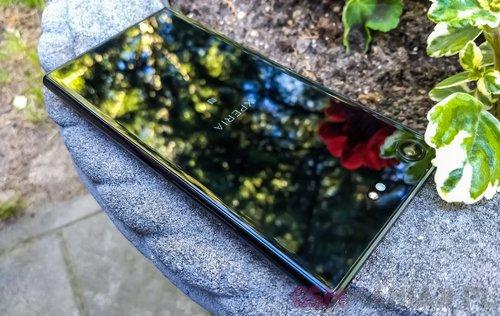 Sony Xperia XZ Premium fot. gsmManiaK