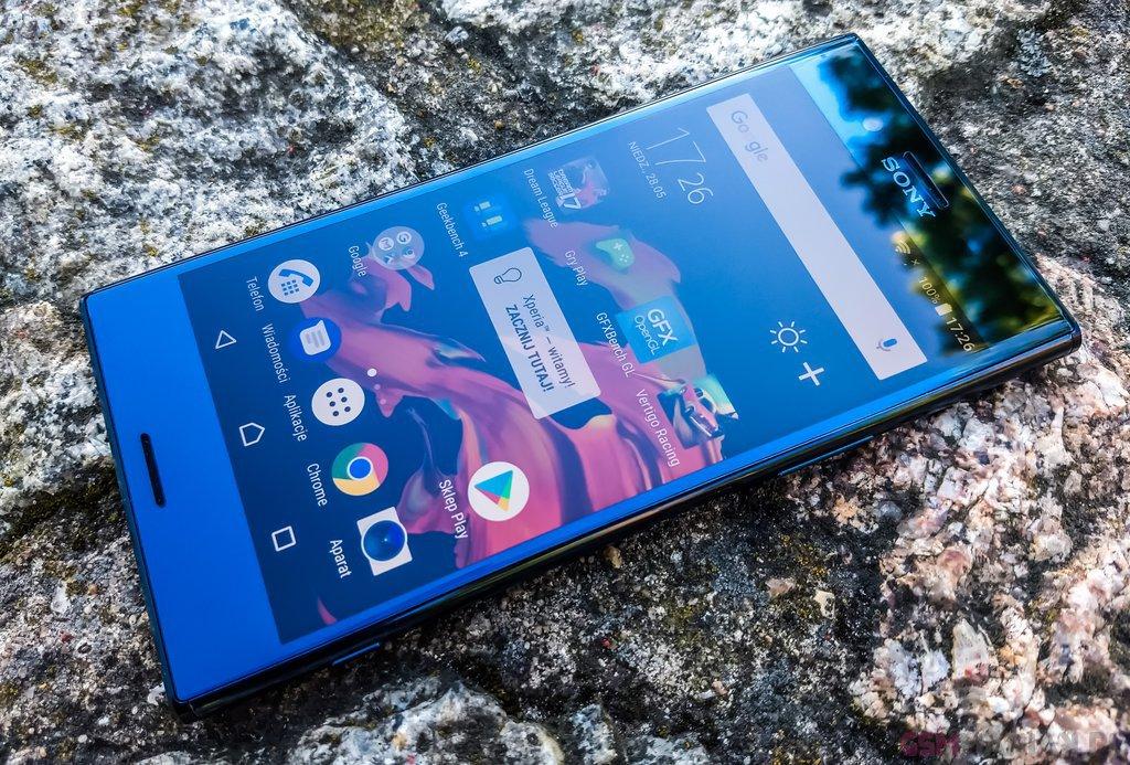 Sony Xperia XZ Premium  fot. gsmManiaK 6
