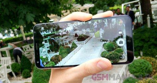 LG Q6/ fot. gsmManiaK
