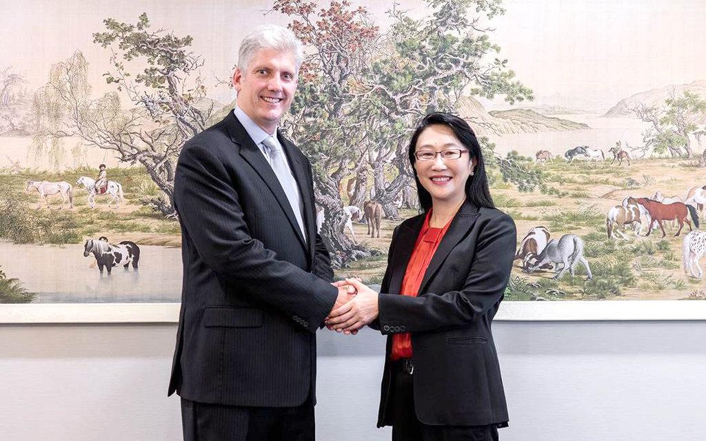 Szefowa HTC Cher Wang i szef zespołu Pixel Rick Osterloh / Fot. HTC