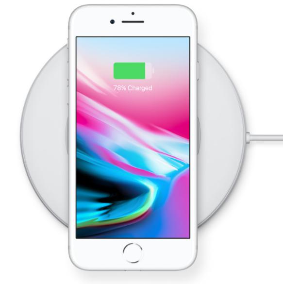 Bezprzewodowe ładowanie iPhone 8/ fot. Apple