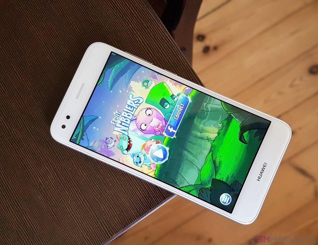 Huawei P9 lite mini / fot. gsmManiaK.pl