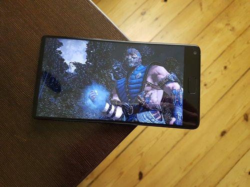 Elephone S8 / fot. gsmManiaK.pl
