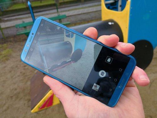 Honor 9 lite / fot. gsmManiaK.pl
