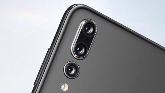 Xiaomi Mi 9 z układem obiektywów jak Huawei P20 Pro / fot. Huawei