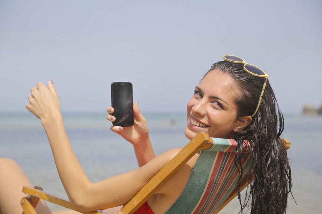 Smartfon na plaży