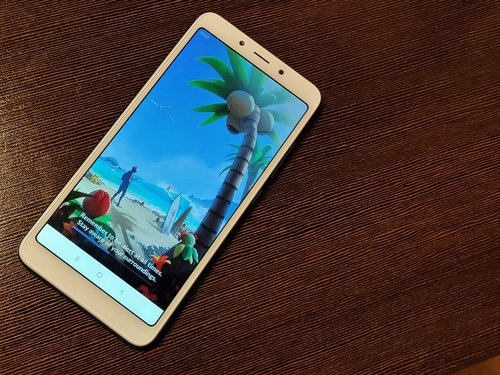 Poprzedni Xiaomi Redmi 6 z procesorem Helio P22 / fot. gsmManiaK.pl