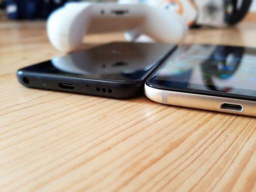 Samsung Galaxy A6 i  LG Q7 / fot. gsmManiaK.pl