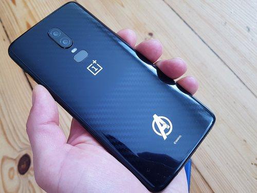 OnePlus 6 i Honor Play / fot. gsmManiaK.pl