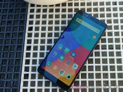Xiaomi Redmi Note 5 / fot. gsmManiaK.pl