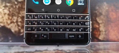 BlackBerry KEYone/fot. gsmManiaK.pl