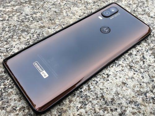 Motorola-One-Vision (9)