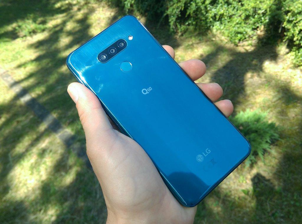 LG Q60 / fot. gsmManiaK.pl