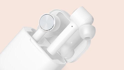 Xiaomi Mi AirDots Pro / fot. Xiaomi