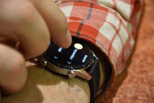 Huawei Watch GT2: obsługa na nadgarstku (4) / fot. techManiaK