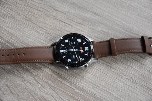 Huawei Watch GT2 tarcza analogowa (2) / fot. techManiaK