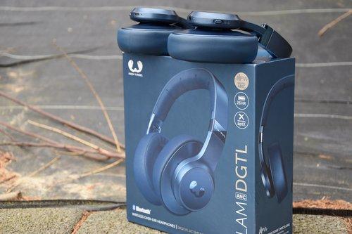 Clam DGTL: słuchawki i opakowanie / fot. techManiaK